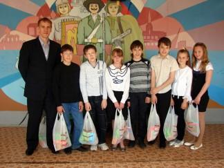 Участники конкурса на лучший детский рисунок